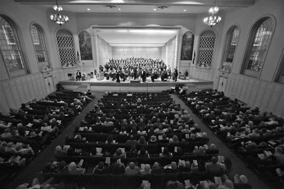 The Fairfield County Chorale and St. Thomas Aquinas Church in Fairfield will host a sing-in of the Mozart Requiem on Sunday, Sept. 11, the 10th anniversary of the terrorist attacts on America. The chorale is shown here at a recent concert. Photo: Contributed Photo