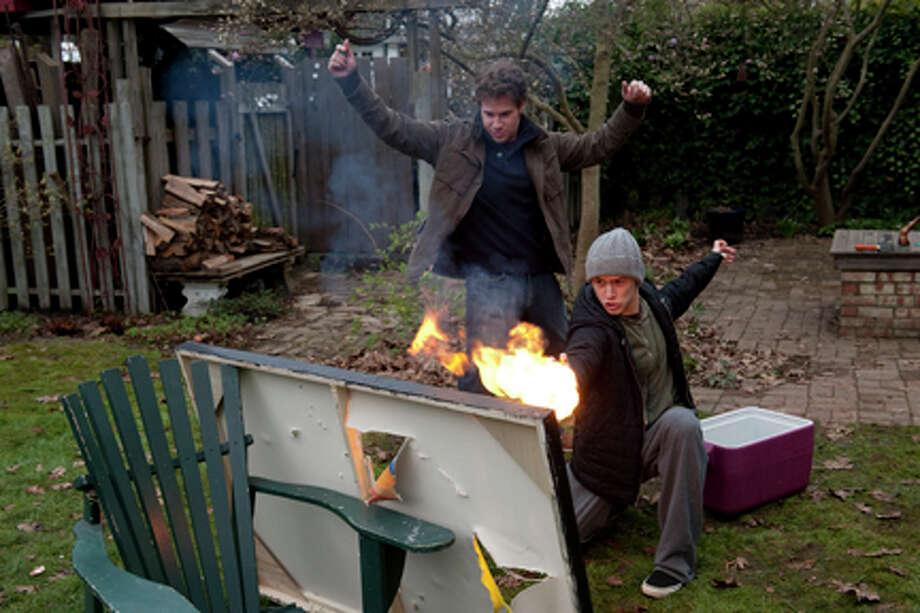 "(L-R) Seth Rogen as Kyle and Joseph Gordon-Levitt as Adam in ""50/50."" Photo: Photo: Chris Helcermanas-Benge / © 2011 Summit Entertainment, LLC.  All rights Reserved."
