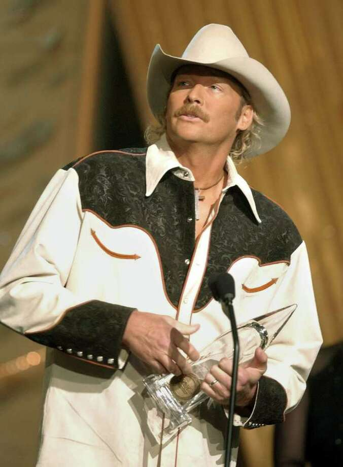 Alan Jackson Photo: M. SPENCER GREEN / AP