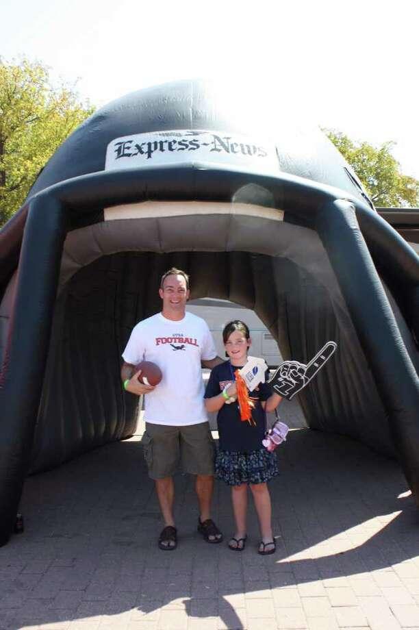 UTSA Game Day Photos – Game 2 – Saturday, September 10, 2011 - UTSA vs. McMurry at the Alamodome, San Antonio, Texas Photo: Express-News