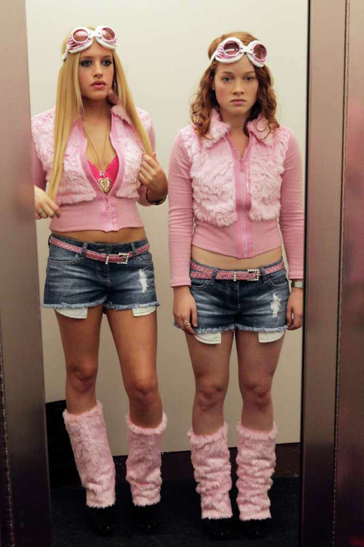 A misbehaving teenage girl (Jane Levy, right) is sentenced to life in the 'burbs in