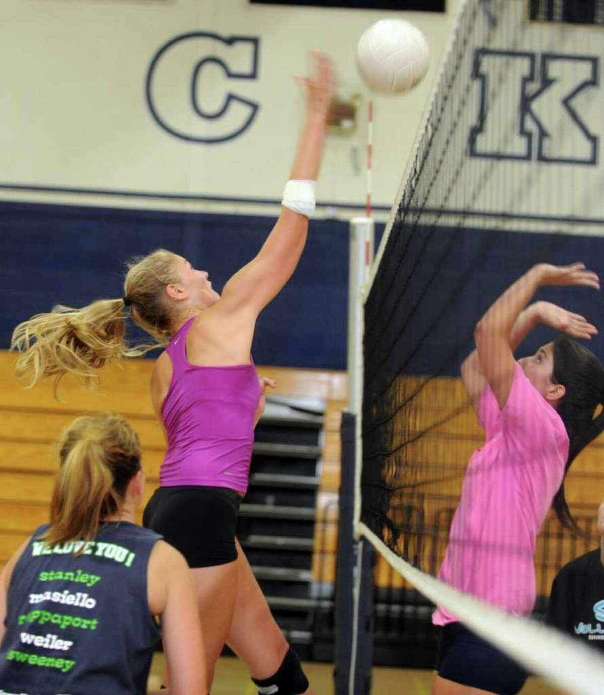 Joosje Grevers practices with the Staples volleyball team Wednesday, Aug. 31, 2011 at the school in Westport, Conn.