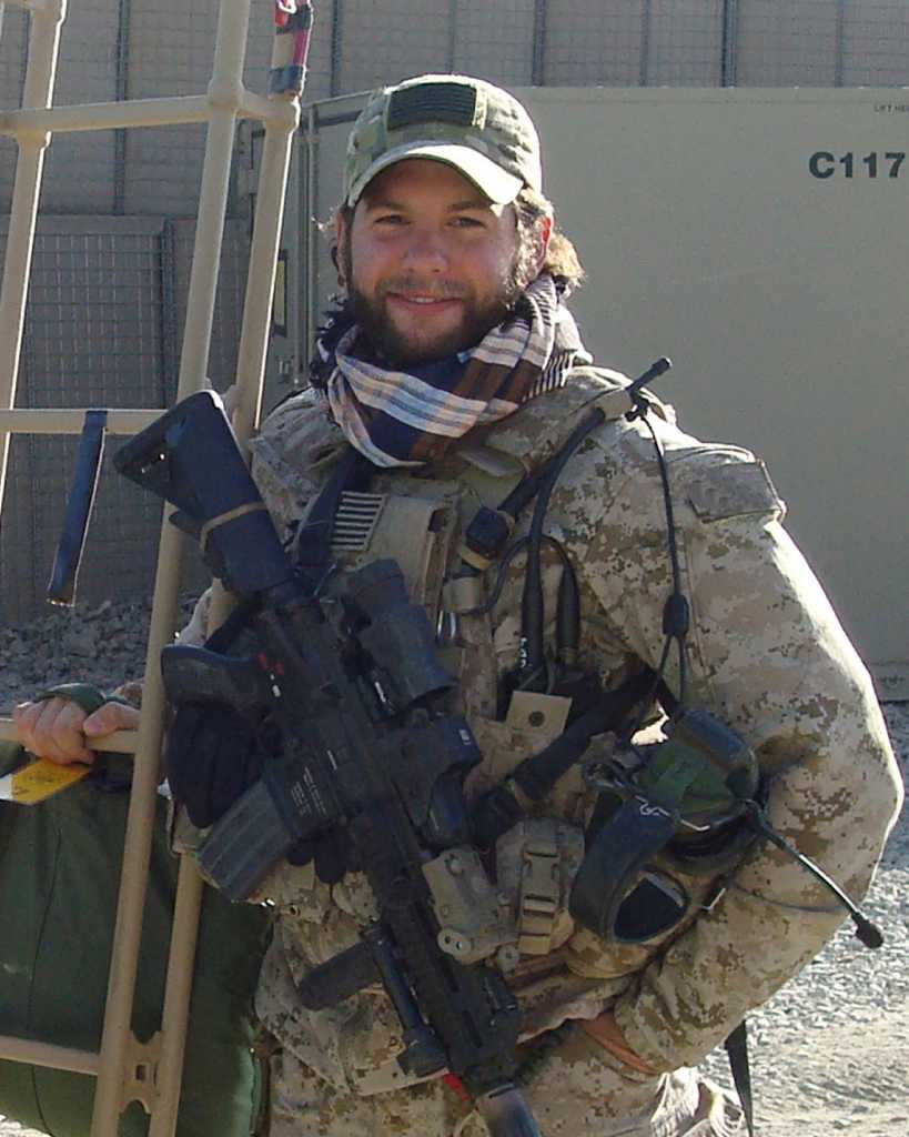 Navy Seal From Stamford Laid To Rest At Arlington Connecticut Post