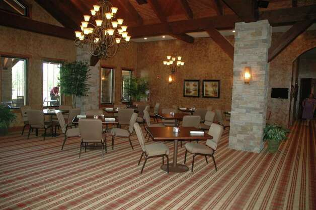 Restaurant seating area at Rayburn Country Club. Photo: Jimmy Galvan