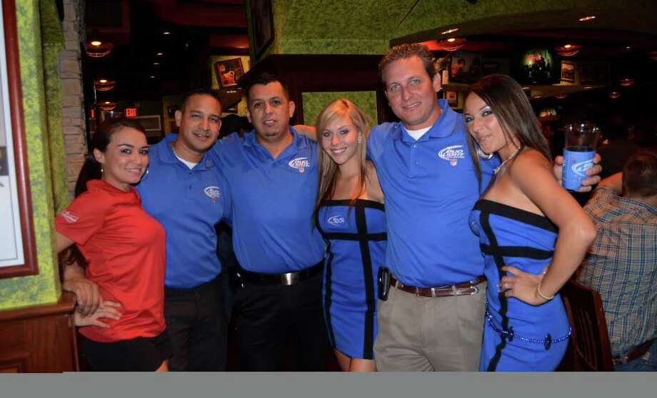 Pamela Gonzalez (left), Jaceson Bradford, Rigo Carrizales, Jessica Cowan, George Vasquez and Ana Gutierrez of Bud Light and Budwiser at Tilted Kilt. ROBIN JOHNSON / SPECIAL TO THE EXPRESS-NEWS