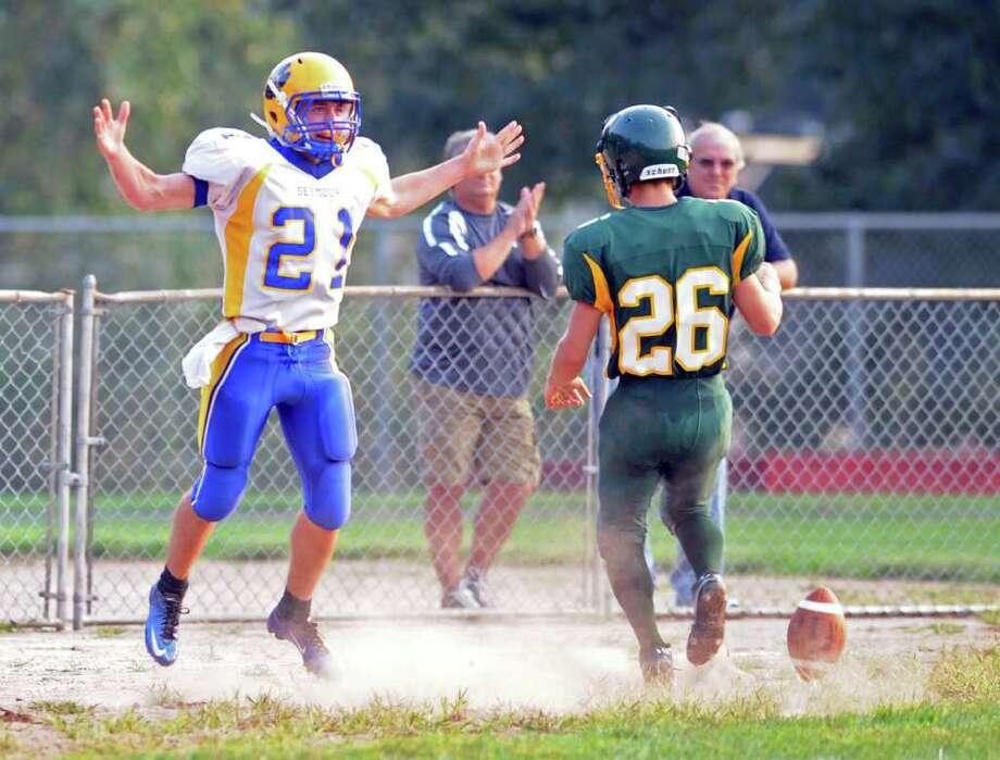 Emmett O'Brien Technical High School vs. Seymour High School football season opener at Ryan Field in Derby, Conn. Wednesday, Sept. 14, 2011. Photo: Autumn Driscoll / Connecticut Post