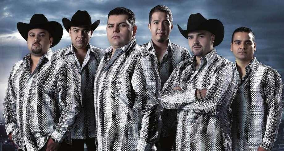De Roma, un pueblo fronterizo de Texas con Tamaulipas, salió Duelo, uno de los grandes renovadores de la música norteña en los últimos años. Photo: Fonovisa Records