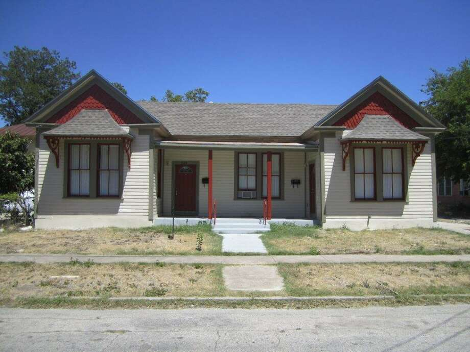This duplex in the Five Points neighborhood was rehabilitated by builder Abe Juarez. Juarez has purchased and rehabbed numerous properties in the area and wants to attract young professionals who want to live near downtown. Photo: PHOTOS COURTESY ABE JUAREZ
