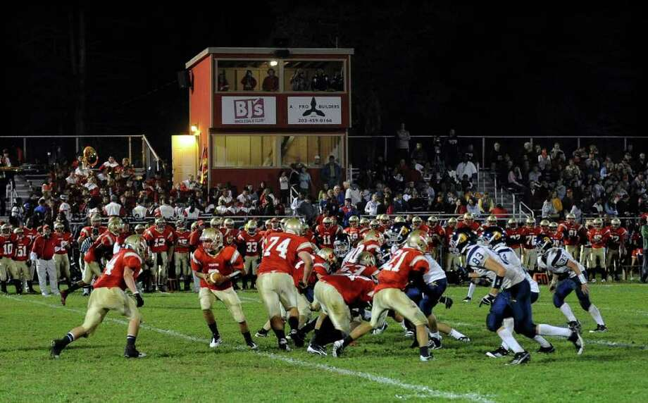 Highlights from boys football action between Stratford and Weston in Stratford, Conn. on Friday September 16, 2011. Photo: Christian Abraham / Connecticut Post