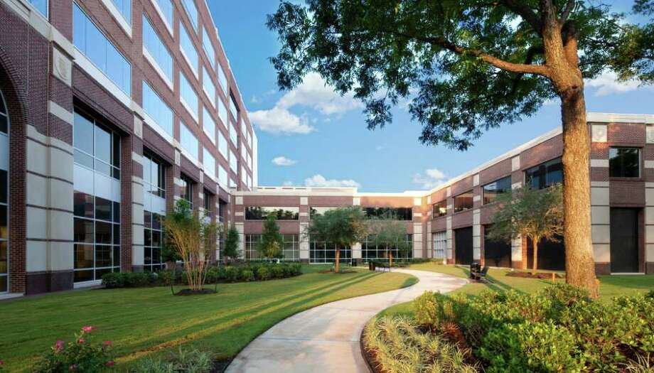 PLANNED COMMUNITY DEVELOPERS BIG AND SMALL: The Town Square Office Suites, at 2245 Texas in Sugar Land, features 62 fully furnished suites, three conference rooms and a training room.