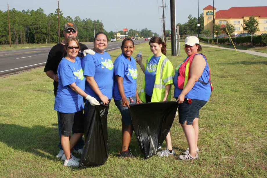 People from Lumberton, Silsbee, Kountze and Sour Lake gathered together on Saturday morning in the first ever Hardin County Clean-Up. Photo: David Lisenby