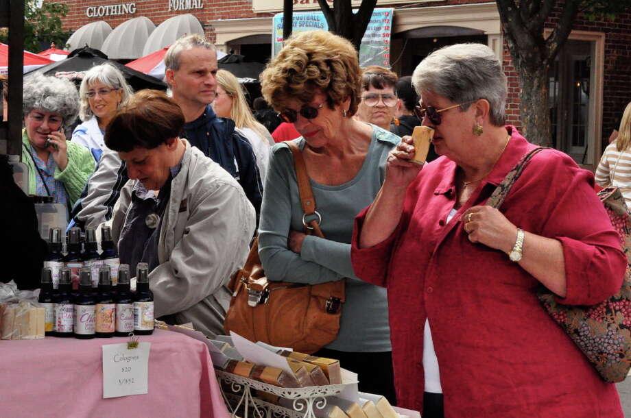 Arts Festival, Stamford, 17/9/2011 Photo: Tebben Gill Lopez / Hearst Connecticut Media Group