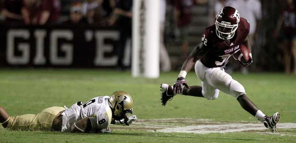 Sept. 17: Texas A&M 37, Idaho 7 Texas A&M running back Cyrus Gray (32) breaks away from Idaho