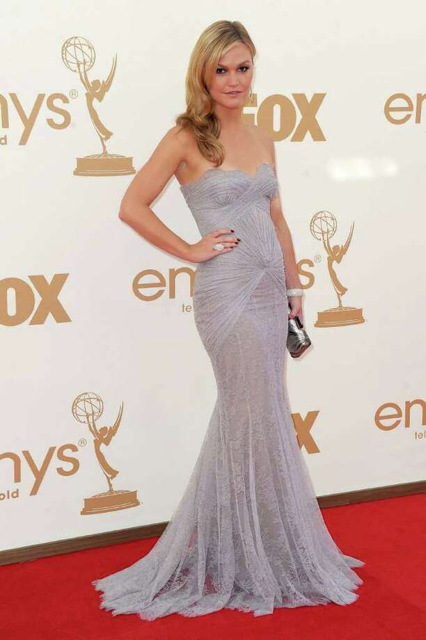 Best: Julia Stiles made a refreshing red carpet comeback in this ruched periwinkle gown. Photo: Frazer Harrison, Getty Images / 2011 Getty Images