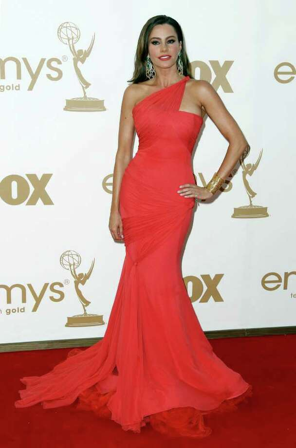 Sofía Vergara arrives at the 63rd Primetime Emmy Awards on Sunday, Sept. 18, 2011 in Los Angeles. Photo: AP