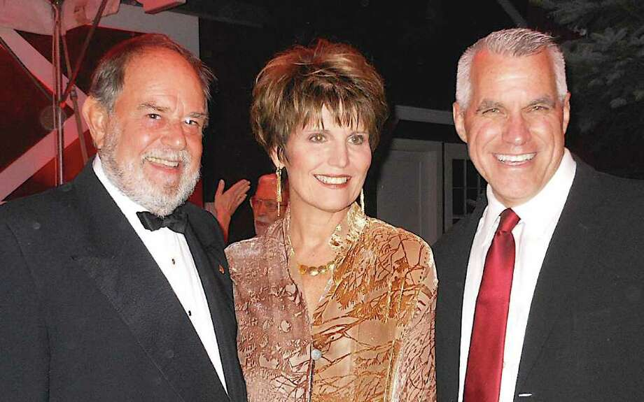 Husband-and-wife actign couple Laurence Luckenbill and Lucie Arnaz join Michael Ross, the Westport Country Playhouse managing director, at the playhouse's 80th anniversary salute to American musicals Monday. Photo: Mike Lauterborn / Westport News contributed