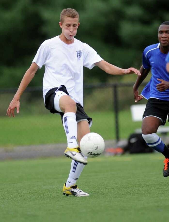Staples junior Lorenz Esposito controls the ball during a preseason scrimmage against Bunnell. Esposito had three shots on net Friday in the season-opening 1-0 win at St. Joseph. Photo: Autumn Driscoll / Staff Photographer