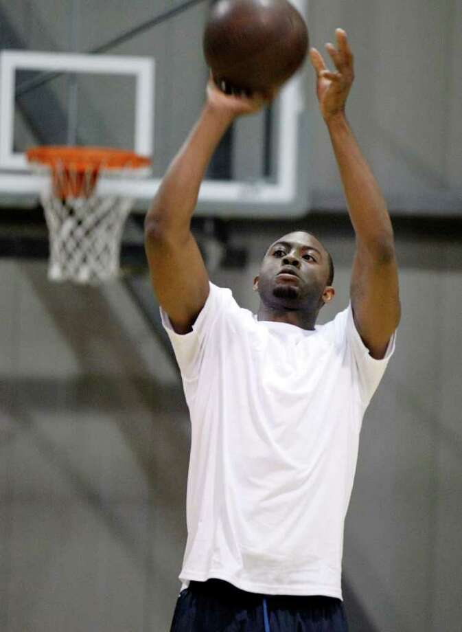 James Anderson warms up prior to an Impact Basketball game on Wednesday, Sept. 14, 2011, in Las Vegas. Photo: Isaac Brekken, Isaac Brekken/Special To The Express-News