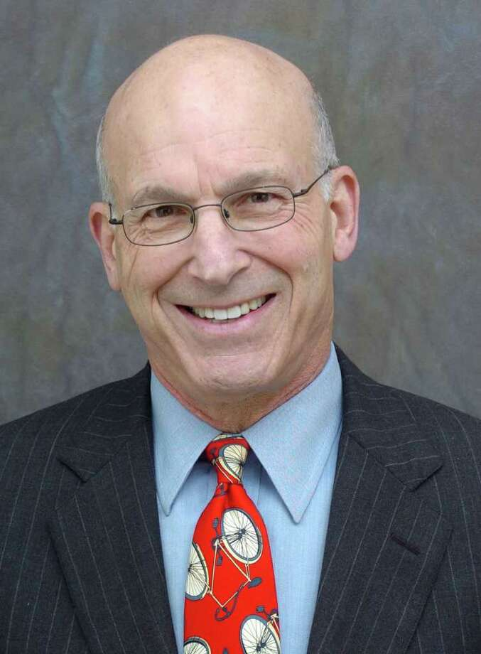Bill Davidson, Brookfield first selectman Photo: File Photo, ST / The News-Times File Photo