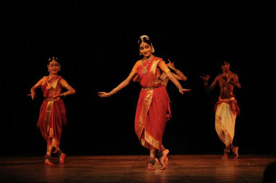 Samskriti presents the North American premiere of the Kalekshetra, a legendary dance company from India, in Spanda at 8 p.m. Oct. 1 at Wortham Theater Center's Cullen Theater. Photo: Kalekshetra