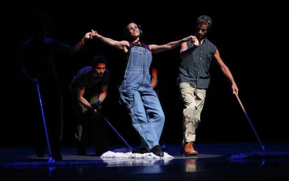 Pacific Northwest Ballet dancers perform Christopher Wheeldon's 'Variations Sérieuses' during a dress rehearsal for Pacific Northwest Ballet's All Wheeldon season opener. Photo: JOSHUA TRUJILLO / SEATTLEPI.COM