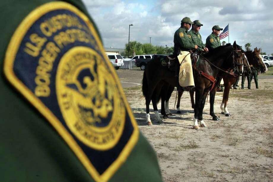Patrulla fronteriza: sus efectivos han ido aumentando progresivamente en los últimos años, en esta imagen los oficiales montados en el área de McAllen. Photo: Delcia Lopez / Delcia Lopez Photography