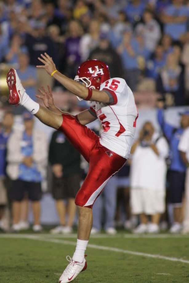 UH's Richie Leone is second in the nation in punting, averaging 50.1 yards per punt. Photo: Associated Press