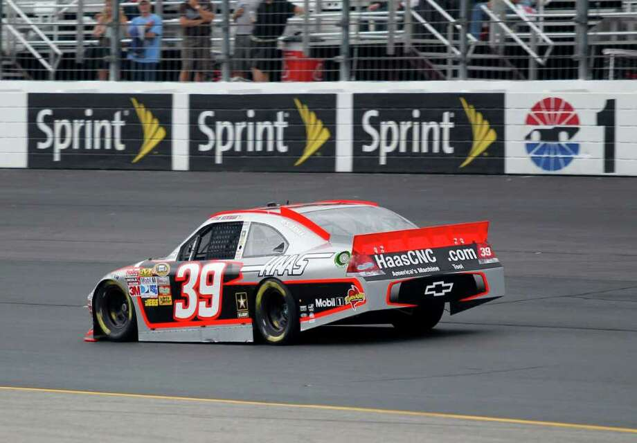 MARY SCHWALM: ASSOCIATED PRESS OUT FRONT: Ryan Newman showed why New Hampshire Motor Speedway is one of his favorites by turning a lap with a speed of 135.002 mph Friday afternoon. Photo: Mary Schwalm / FR158029 AP