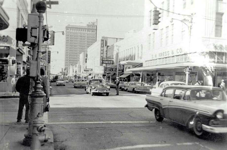 Piccadilly Cafeteria opened in downtown Beaumont in the late 1940s.