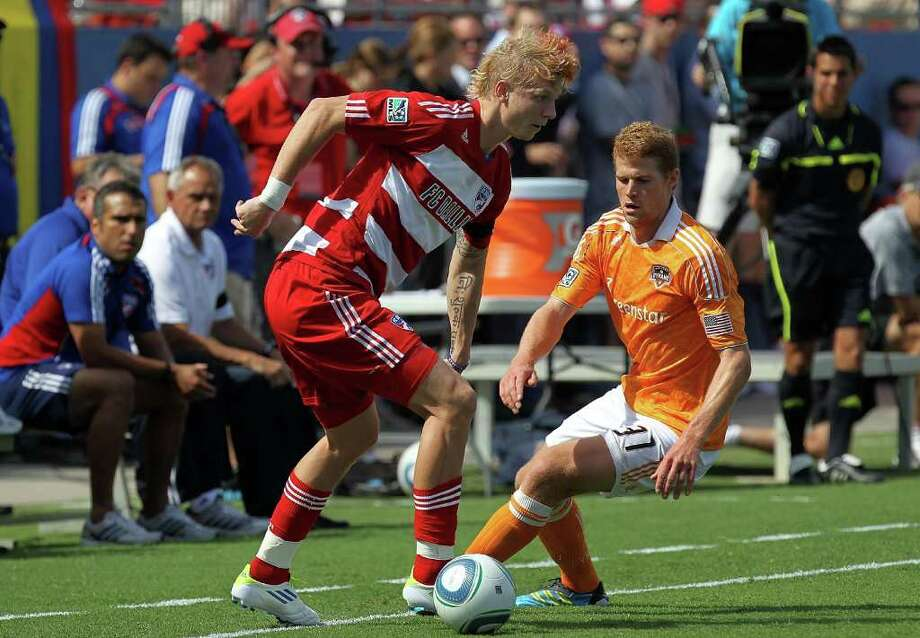 FC Dallas midfielder Brek Shea did the unthinkable as a kid in Texas, giving up the gridiron for goals. Photo: Ronald Martinez, Getty / 2011 Getty Images