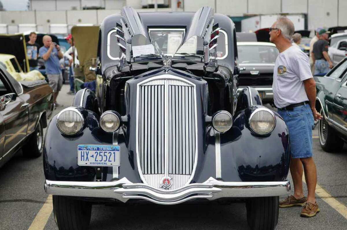 A 1936 Pierce-Arrow owned by Tom and Diana Lutz of Albany on display at an auto show held by the Times Union and InMotion in the newspaper's parking lot on Sunday Sept. 25, 2011 in Colonie, NY. ( Philip Kamrass / Times Union)