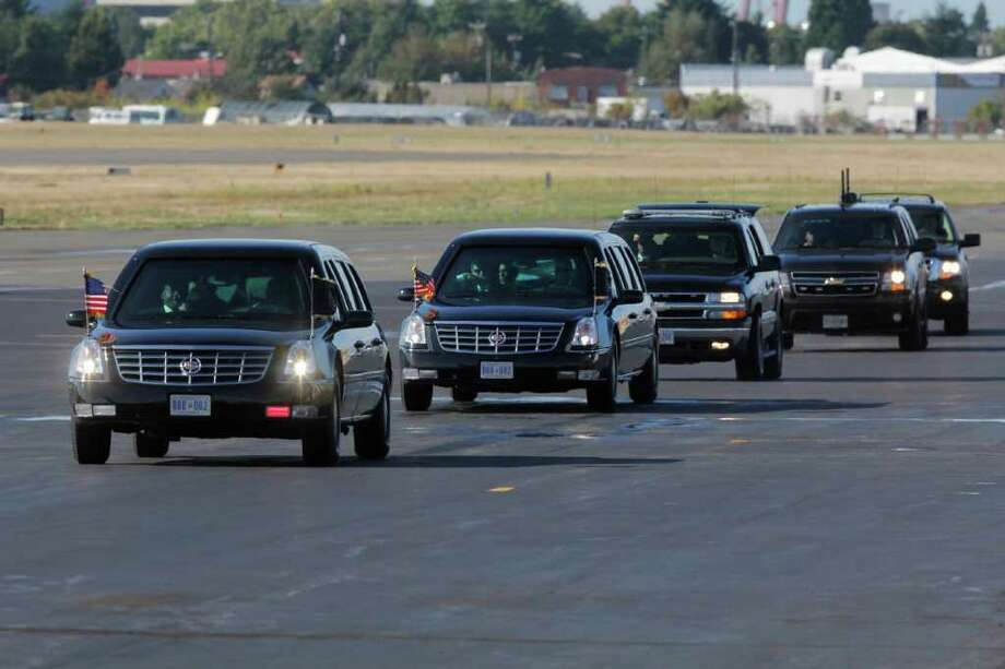 The Presidential Motorcade returns to Air Force One at the King County International Airport in Seattle on Sept. 25, 2011 Photo: JOE DYER / SEATTLEPI.COM
