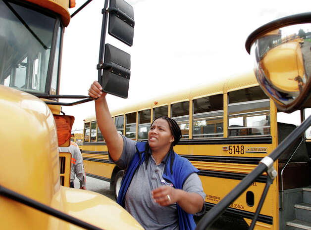 A new state law allows school districts to install traffic cameras on school buses. (Photo by Niki Desautels/seattlepi.com).