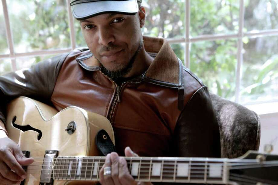 Musician Van Hunt will perform at 8 p.m. Friday at Warehouse Live, 813 St. Emanuel. Photo: Shalon Goss