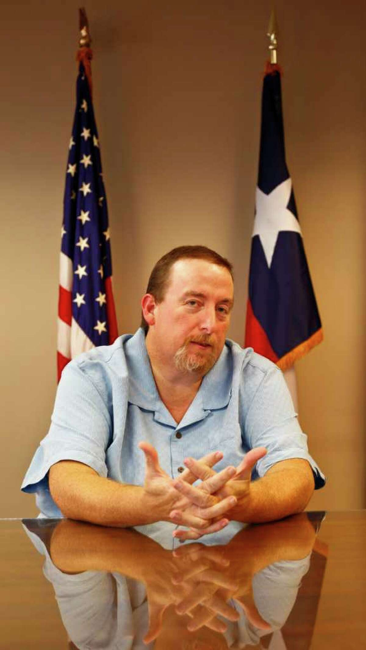 Ronald Kratz II was fired from his job because his employees said he was morbidly obese with a weight of 600 pounds. The EEOC has sued BAE Systems on his behalf under the Americans with Disabilities Act. Wednesday, Sept. 28, 2011, in Houston. ( Michael Paulsen / Houston Chronicle )