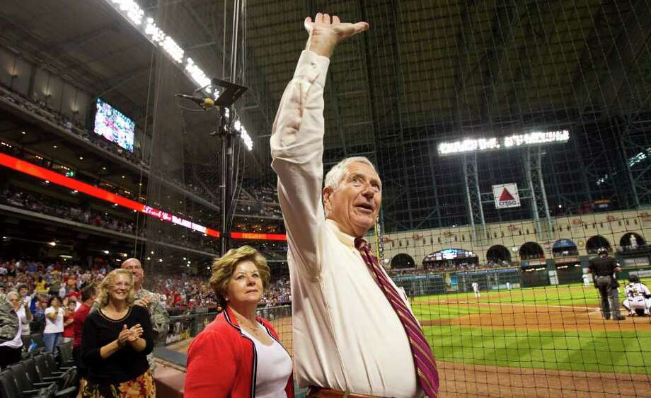 Houston Astros owner Drayton McLane waves to the crowd after a video honoring him was shown on the big screen during the second inning of a Major League Baseball game against the St. Louis Cardinals, Wednesday, Sept. 28, 2011, in Minute Maid Park in Houston. The game is the final of the 2011 season and possibly McLane's last as the Astros majority owner. Photo: Nick De La Torre, Houston Chronicle / © 2011 Houston Chronicle