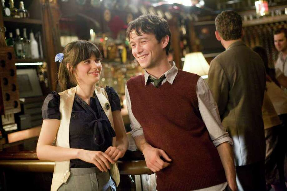L-R: Zooey Deschanel and Joseph Gordon-Levitt from the Fox Searchlight film 500 Days of Summer Photo: Chuck Zlotnick / handout