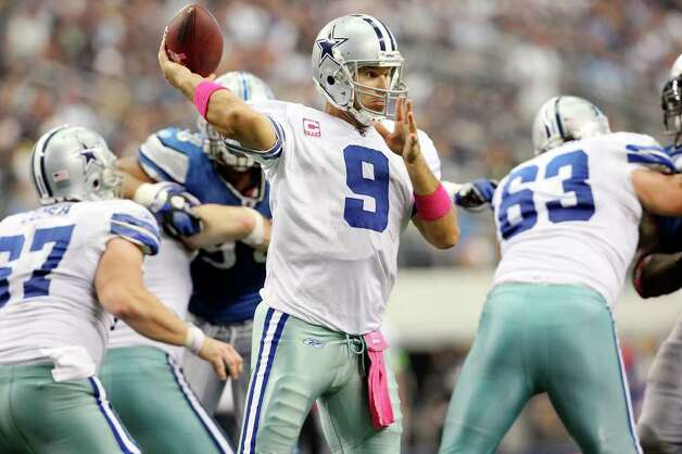 FOR SPORTS - Dallas Cowboys' Tony Romo passes against  the Detroit Lions during second half action Sunday Oct. 2, 2011 at Cowboys Stadium in Arlington, TX. The Lions won 34-30.  (PHOTO BY EDWARD A. ORNELAS/eaornelas@express-news.net) Photo: EDWARD A. ORNELAS, SAN ANTONIO EXPRESS-NEWS / © SAN ANTONIO EXPRESS-NEWS (NFS)