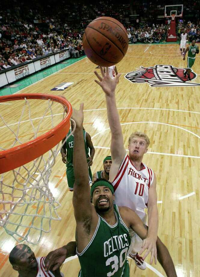 The Rockets played the Boston Celtics in a 2009 preseason game in Hidalgo and faced the Orlando Magic there in 2010. Photo: Gabriel Hernandez, AP / The Monitor