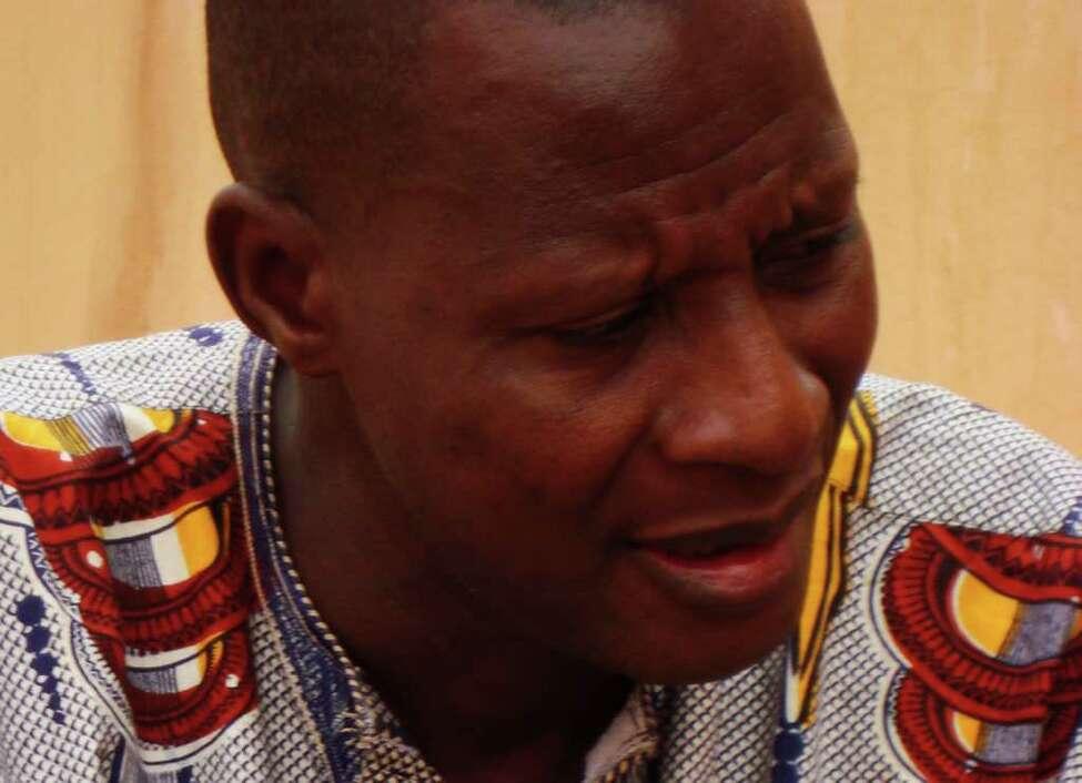 Sidi Toure (Photo courtesy of Thrill Jockey Records)
