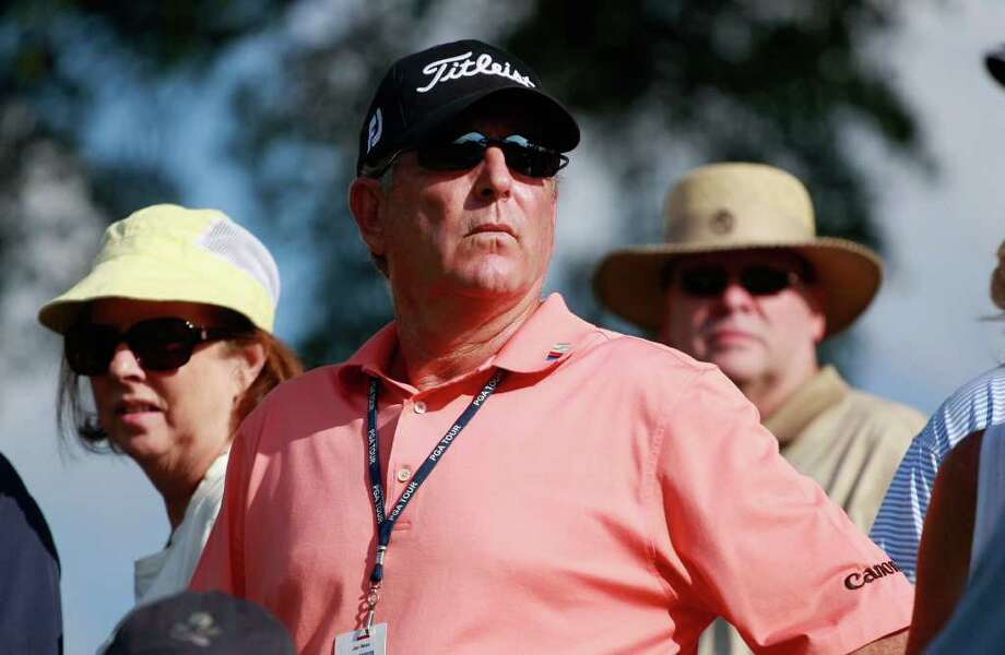 Golfer Jay Haas watches the play of his son Bill Haas during the final round of the TOUR Championship. Photo: Scott Halleran, Getty / 2011 Getty Images