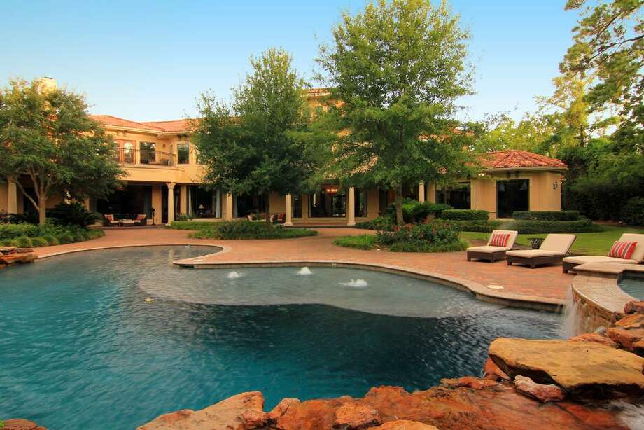 Another look at the swimming pool. Photo: RealEstate.MarthaTurner.com