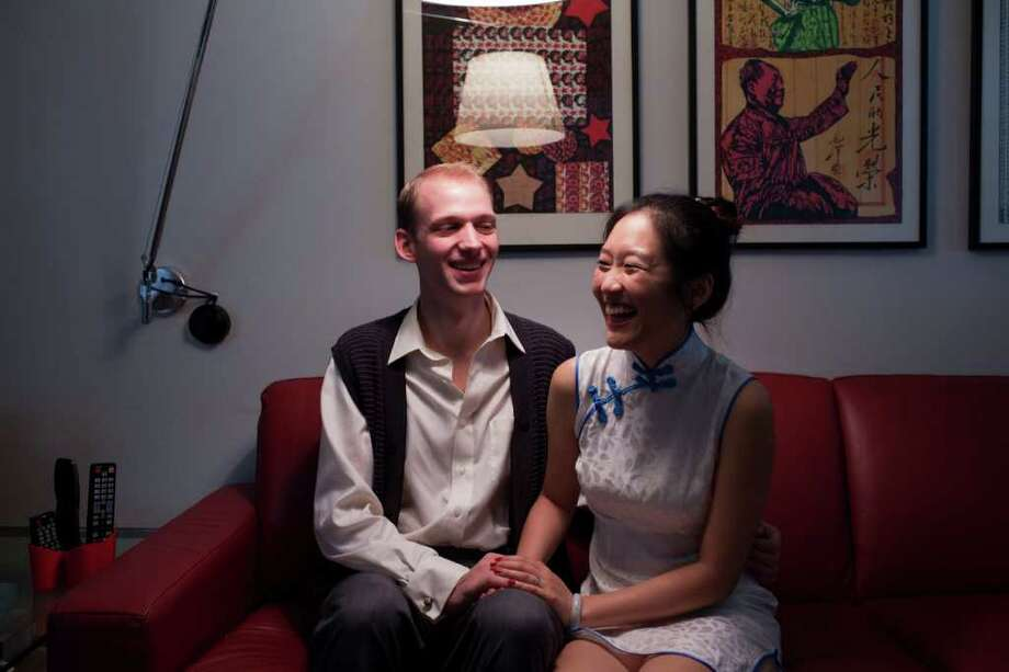 ERIC KAYNE NEWLYWEDS: Lucas Blaustein and Rosa Luo met during a night out with mutual friends. The couple was married in Houston, but is planning another wedding in China. Photo: Eric Kayne / © 2011 Eric Kayne
