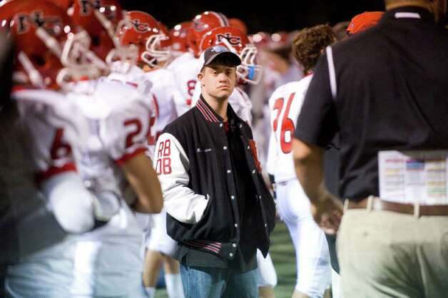 Brien McMahon hosts New Canaan High School in a football game October 6, 2011. Photo: Keelin Daly / Stamford Advocate