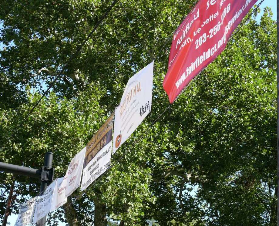 The Board of Selectmen have come up with a new policy for deciding what banners can be hung at the Sherman Green. Photo: Genevieve Reilly / Fairfield Citizen