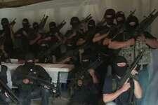 En internet: comenzó a circular el 27 de julio un video en el cual el grupo paramilitar aseguró que eliminaría a integrantes de los Zetas, uno de los grupos de narcotraficantes más peligrosos de México.