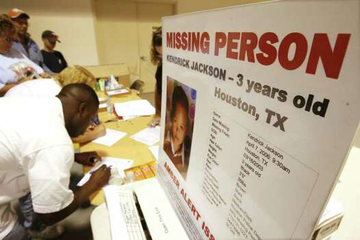 Volunteers for Equusearch sign in  Friday morning April 14,2006. at First Assembly of God church before going on to Search for  three year-old Kendrick Jackson, who was last seen Friday morning, April 7, 2006.(BILLY SMITH II/STAFF) Photo: Billy Smith II / HOUSTON CHRONICLE