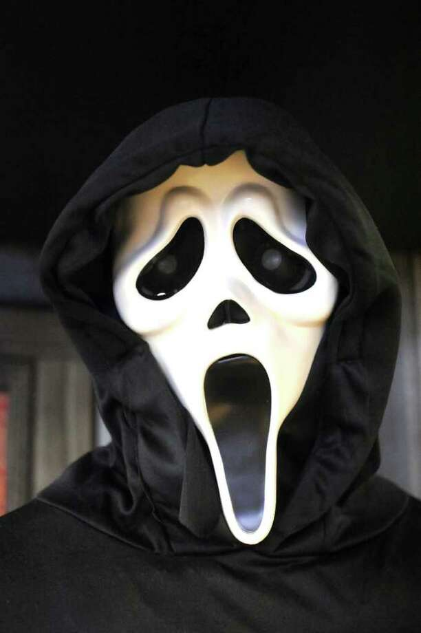 """A jogger on the Burke-Gilman trail told police she was startled by someone wearing a """"Ghostface"""" mask from the """"Scream"""" movies. Photo: Michael Duffy"""