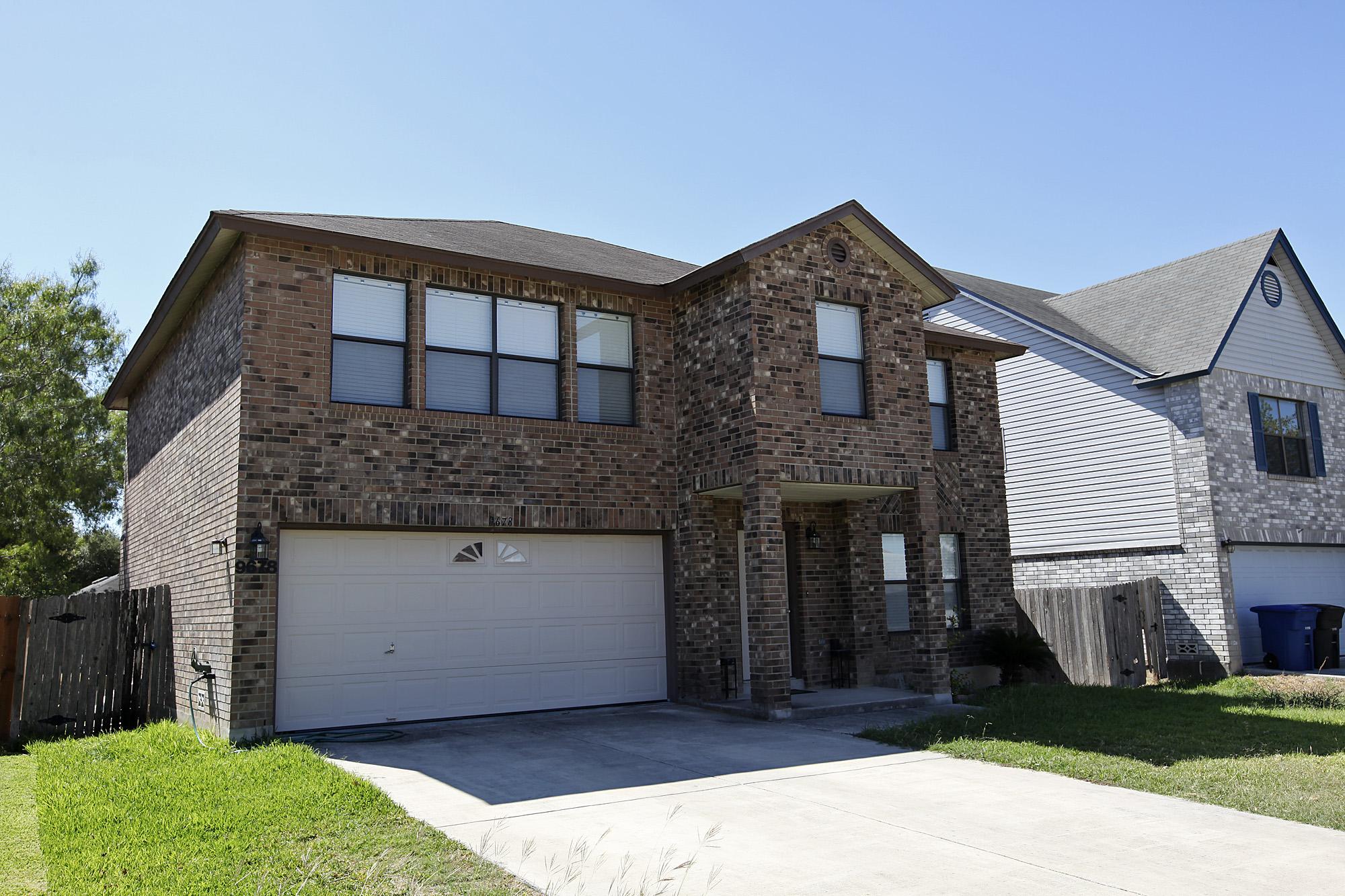 Mortgage error sparks lawsuit - San Antonio Express-News