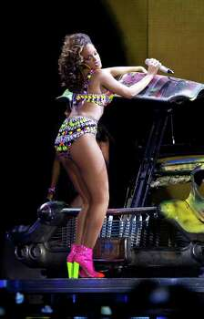 US singer Rihanna performs at the o2 arena in east London, as part of her 2011 'Loud' tour, Wednesday, Oct. 5, 2011. (AP Photo/Joel Ryan)  Editorial Use Only Photo: Joel Ryan, AP / AP